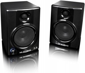 M-Audio-AV40 the cheapest good studio monitor